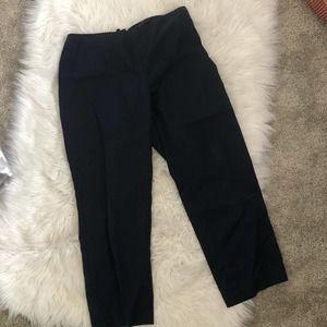 St. John navy Capri pants size 6